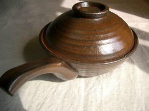 土鍋の焦げの落とし方や手入れ方法