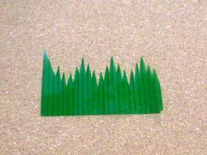 弁当にある緑のギザギザ