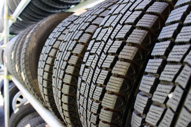 タイヤ保管の真実!ワックスの効果は意味がない!