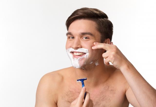 シェービングクリームは洗顔として使える